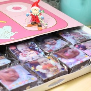 PrinXure 藝術妳的客製禮品 by 10,000名插畫角色的貼圖&外筐,拼圖客製化照片手工布朗尼15入禮盒 ( 1張照片切成15入拼圖形式 ),