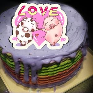 肥肥牛 ( 耀月 ),LOVE ( 圖案可以吃喔!)冰淇淋彩虹水果蛋糕 [ designed by 肥牛牛(耀月) ],