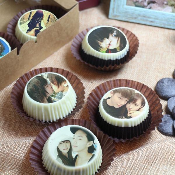 PrinXure 藝術妳的客製禮品 by 10,000名插畫角色的貼圖&外筐,巧克力包膜Oreo餅乾 ( 可換包培根、起司等創意食材),