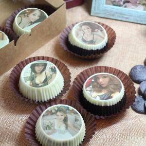 焦糖女孩 葉子瀅 焦糖女孩 葉子瀅,嘴饞系列 - 巧克力包膜Oreo餅乾 ( 附贈禮盒,適合與同事朋友家人分享一起吃 ) [ designed by 焦糖女孩 葉子瀅 ],