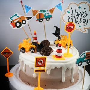工程車, 怪手,, 巧克力冰淇淋, Oreo轟炸, 冰淇淋蛋糕, Dessert365, PX 漫漫手工甜點市集, 手工甜點, 冰淇淋蛋糕, 與手工甜點對話的Susan, 插畫, 客製化