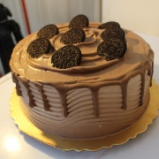 susan susan,冰淇淋彩虹水果蛋糕__OREO香蕉巧克力轟炸 (可勾不要巧克力) ( 工程車裝飾:  含有工程車、專屬插旗 X 1、告示牌組1套等擺件  裝飾造型不定期調整, 但主題與數量都會一致請放心。部分蛋糕依照您勾選的附件贈品種類與數量不同,材積與蛋糕造型會有增加或者變動,因此蛋糕售價會跟著浮動) (唯一可全台宅配冰淇淋蛋糕) ( 可勾不做冰淇淋、也可做冰淇淋,此奶醬是獨家研發的天然配方,熬煮多小時製作而成的,優點是低糖、好吃健康、且宅配不容易壞損融化!  吃的時候記得照包裝上「食用說明」吃,冷凍保存、退冰約5~10分鐘,退太久一般會融化,雖然Susan老師的不會輕易融化但也會失去冰淇淋口感,要注意喔!(回放冷凍1HR即可又恢復冰淇淋口感)(裝飾品為贈品不得轉售)),
