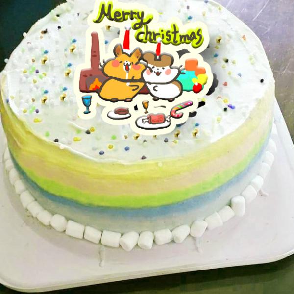 Colapi 可樂餅的島 Colapi 可樂餅的島,聖誕節快樂_( 圖案可以吃喔!)手工冰淇淋蛋糕 (唯一可全台宅配冰淇淋蛋糕) ( 可勾不要冰淇淋, 也可勾要冰淇淋 ) [ designed by Colapi 可樂餅的島 ],