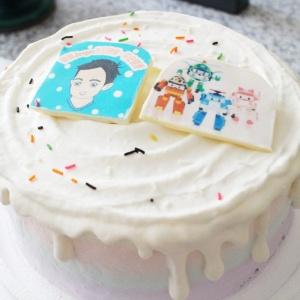 JuJu,JuJu__寫真照片轉Q版手繪_彩虹水果蛋糕 ( 下方可勾選不做冰淇淋變成慕斯、也可做冰淇淋),