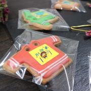 aaaa1155883,Tandora收涎餅乾 ( 附贈禮盒 )(收涎保孩子衣食無缺) ( 12片1盒、含紅線&穿洞 )  [ designed by 莉莉子的甜點小舖 ],