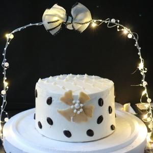 母親節蛋糕, 可可香奈兒, , 冰淇淋蛋糕, Dessert365, PX 漫漫手工甜點市集, 手工甜點, 冰淇淋蛋糕, 與手工甜點對話的Susan, 插畫, 客製化