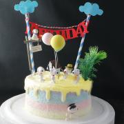 susan susan,冰淇淋千層蛋糕__史努比異想世界 ( 附上狗狗、氣球、雲朵拉旗、家中庭園擺件   造型不定期調整*。.) (唯一可宅配冰淇淋蛋糕#,也可不做冰淇淋 )...  ....(裝飾品為贈品不得轉售..平均哈根達斯蛋糕熱量的1/5台灣蛋糕的1/4)),