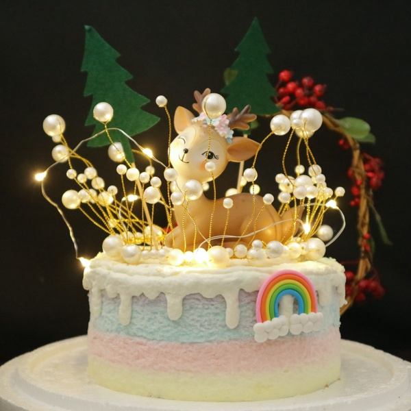 小鹿斑比, 公仔, 玩具, 裝飾蛋糕, 冰淇淋蛋糕, Dessert365, PX 漫漫手工甜點市集, 手工甜點, 冰淇淋蛋糕, 與手工甜點對話的Susan, 插畫, 客製化