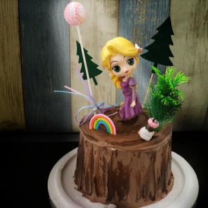 susan susan,長髮公主與樹堡__樹木冰淇淋蛋糕  ( 也可以勾不要巧克力換彩虹蛋糕體,附贈長髮公主、魔法愛心、亮晶晶棒、森林插件、立體彩虹,另可加購12種小兔公仔  ) ( 可勾不做巧克力、也可做巧克力以榛果巧克力為主軸)( 可勾不要抹茶、也可勾要抹茶風味 )( 可勾不要冰淇淋、也可勾要冰淇淋口感 )    (可全台宅配),