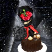 susan susan,情人之語__金莎榛果樹木 冰淇淋千層蛋糕  ( 可選不要生日插件,也可以勾不要巧克力換彩虹蛋糕體,附上花束、金莎巧克力、金球插件、黑紗插件  ) ( 可勾不做巧克力、也可做巧克力以榛果巧克力為主軸)( 可勾不要抹茶、也可勾要抹茶風味 )( 可勾不要冰淇淋、也可勾要冰淇淋口感 ) 母親節快樂   (可全台宅配),