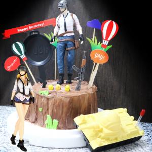 susan susan,吃雞祝你大吉大利__金莎榛果樹木 冰淇淋千層蛋糕  ( 可以勾不要巧克力換彩虹蛋糕體,附上絕地求生主角、3隻小雞、熱氣球、平底鍋、AK、草坪 ) ( 可勾不做巧克力、也可做巧克力以榛果巧克力為主軸)( 可勾不要抹茶、也可勾要抹茶風味 )( 可勾不要冰淇淋、也可勾要冰淇淋口感 ) (可全台宅配),