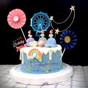 抱貓的女人, , 與手工甜點對話的SUSAN, dessert365, 漫漫手工甜點市集, 幼稚園慶生, 冰淇淋蛋糕, 法式甜點, 卡通蛋糕, 彩虹蛋糕, 寶寶蛋糕, 公主蛋糕, 生日蛋糕, 手工甜點, 宅配蛋糕, 週歲蛋糕, 母親節蛋糕, 父親節蛋糕, susan冰淇淋蛋糕評價, 彌月蛋糕, 慕斯蛋糕