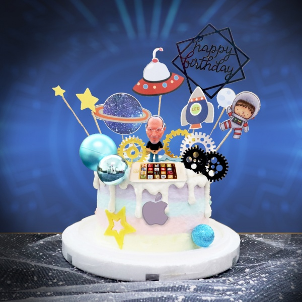 susan susan,冰淇淋千層蛋糕__送給蘋果粉的你 ( 附上賈伯斯、未來科技插件, 造型不定期調整*。.) (唯一可宅配冰淇淋蛋糕#,也可不做冰淇淋 )...  ....(裝飾品為贈品不得轉售..平均哈根達斯蛋糕熱量的1/5台灣蛋糕的1/4)),