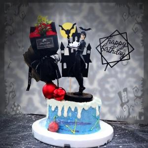 susan susan,冰淇淋千層蛋糕__無微不至的呵護 ( 附上黑執事、裝飾花束、城堡、生日快樂插件, 造型不定期調整*。.) (唯一可宅配冰淇淋蛋糕#,也可不做冰淇淋 )...  ....(裝飾品為贈品不得轉售..平均哈根達斯蛋糕熱量的1/5台灣蛋糕的1/4)),