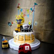 susan susan,冰淇淋千層蛋糕__變形金剛 ( 選附大黃蜂或者擎天柱、車子,附上機器人拉旗,造型不定期調整*。.) (唯一可宅配冰淇淋蛋糕#,也可不做冰淇淋 )...  ....(裝飾品為贈品不得轉售..平均哈根達斯蛋糕熱量的1/5台灣蛋糕的1/4)),