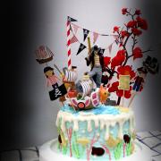 susan susan,冰淇淋千層蛋糕__孤高的劍士  ( 附上海賊王鷹眼、牡丹、海盜船、海盜拉旗,造型不定期調整*。.) (唯一可宅配冰淇淋蛋糕#,也可不做冰淇淋 )...  ....(裝飾品為贈品不得轉售..平均哈根達斯蛋糕熱量的1/5台灣蛋糕的1/4)),