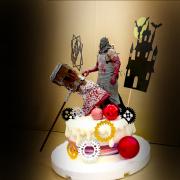 susan susan,冰淇淋千層蛋糕__惡靈古堡派對 ( 附上大斧行刑者、古堡、恐怖齒輪、生日快樂插件,造型不定期調整*。.) (唯一可宅配冰淇淋蛋糕#,也可不做冰淇淋 )...  ....(裝飾品為贈品不得轉售..平均哈根達斯蛋糕熱量的1/5台灣蛋糕的1/4)),