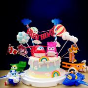 susan susan,全台唯一可宅配_冰淇淋千層蛋糕___SUPER WINGS ( 附上雲朵、熱氣球、雲朵拉旗、彩虹、superwing專屬插件,選付角色,造型不定期調整*。.) (##也可不做冰淇淋 )...  ... .(裝飾品為贈品不得轉售..平均哈根達斯蛋糕熱量的1/5台灣蛋糕的1/4))防疫期間,尤其雙北桃園新竹,下單表示同意可能延誤,台灣加油!,