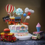 車子, 與手工甜點對話的SUSAN, dessert365, 漫漫手工甜點市集, 幼稚園慶生, 冰淇淋蛋糕, 法式甜點, 卡通蛋糕, 彩虹蛋糕, 寶寶蛋糕, 公主蛋糕, 生日蛋糕, 手工甜點, 宅配蛋糕, 週歲蛋糕, 母親節蛋糕, 父親節蛋糕, susan冰淇淋蛋糕評價, 彌月蛋糕, 慕斯蛋糕