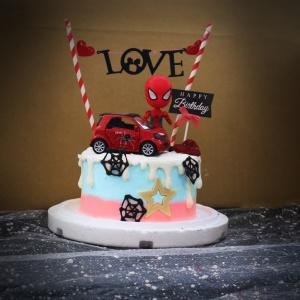 susan susan,冰淇淋千層蛋糕__蜘蛛車 ( 附上跑車、蜘蛛人、生日快樂插件、派對拉旗   造型不定期調整*。.) (唯一可宅配冰淇淋蛋糕#,也可不做冰淇淋 )...  ....(裝飾品為贈品不得轉售..平均哈根達斯蛋糕熱量的1/5台灣蛋糕的1/4)),