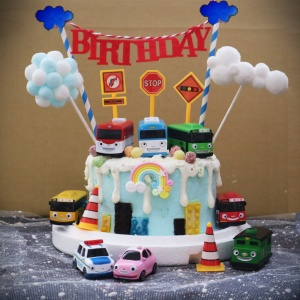 大友巴士, TAYO, 與手工甜點對話的SUSAN, dessert365, 漫漫手工甜點市集, 幼稚園慶生, 冰淇淋蛋糕, 法式甜點, 卡通蛋糕, 彩虹蛋糕, 寶寶蛋糕, 公主蛋糕, 生日蛋糕, 手工甜點, 宅配蛋糕, 週歲蛋糕, 母親節蛋糕, 父親節蛋糕, susan冰淇淋蛋糕評價, 彌月蛋糕, 慕斯蛋糕