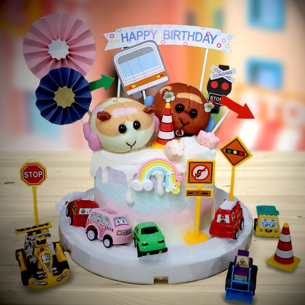 susan susan,全台唯一可宅配_冰淇淋千層蛋糕__天竺鼠車車 ( 附上天竺鼠車車、交通號誌插旗、建設標示、和風插件、彩虹,選附各式車車 造型不定期調整*。.) (##也可不做冰淇淋 )...  ....(裝飾品為贈品不得轉售..平均哈根達斯蛋糕熱量的1/5台灣蛋糕的1/4))防疫期間,新竹以北延誤機率約1%,因此會提早給司機,提早到放冷凍保鮮不擔心,