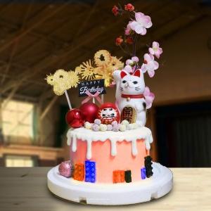 susan susan,全台唯一可宅配_冰淇淋千層蛋糕__CARS汽車總動員 ( 附上包括麥坤的賽車、賽車用三角拉旗、彩虹、賽車旗、高級熱氣球  造型不定期調整*。.) (##也可不做冰淇淋 )...  ....(裝飾品為贈品不得轉售..平均哈根達斯蛋糕熱量的1/5台灣蛋糕的1/4))防疫期間,新竹以北延誤機率約1%,因此會提早給司機,提早到放冷凍保鮮不擔心,